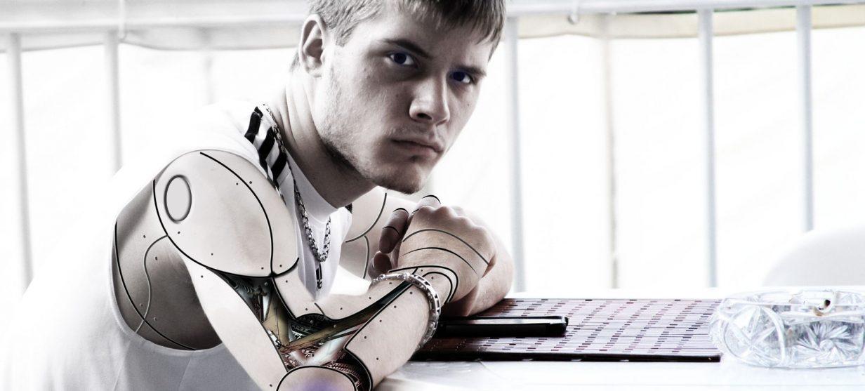 Futuro-del-lavoro-professione-robot-claudio-simbula