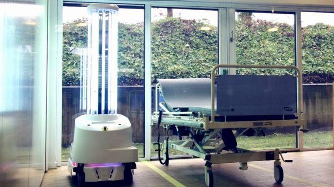 UVD Robot anti coronavirus